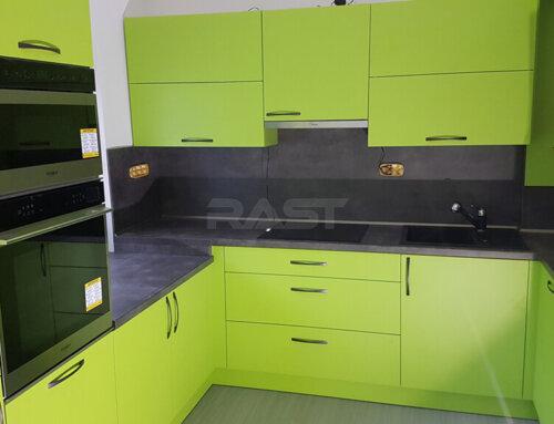 Rekonstrukce kuchyně a pokládka nové podlahy – 2019